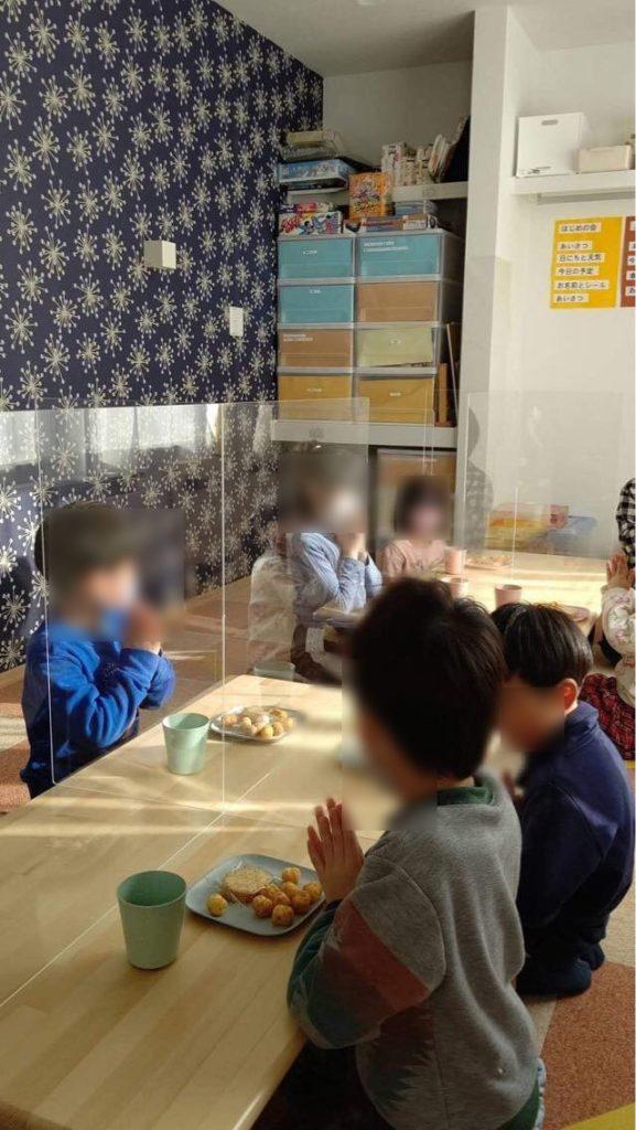 飛沫防止パネル 幼稚園 保育園 札幌 プラスチック加工 株式会社アイドウ