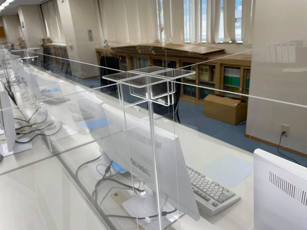 オフィス 会議室 飛沫防止パネル 札幌 プラスチック加工 株式会社アイドウ 短納期 アクリル