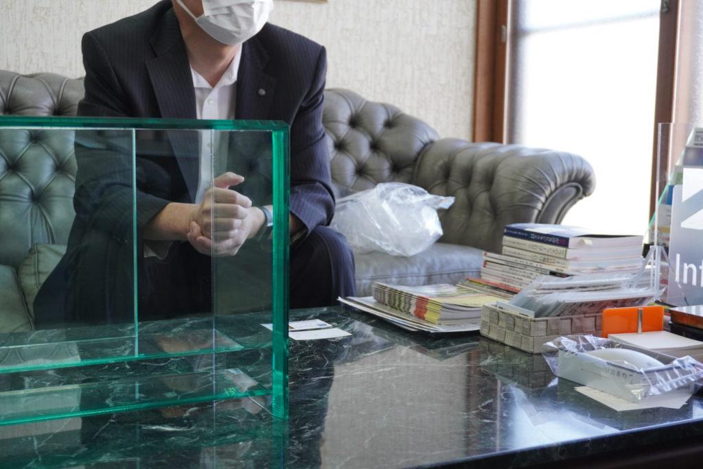 アイドウ 札幌 プラスチック加工 オーダーメイド 仏壇 ガラス クリスタル