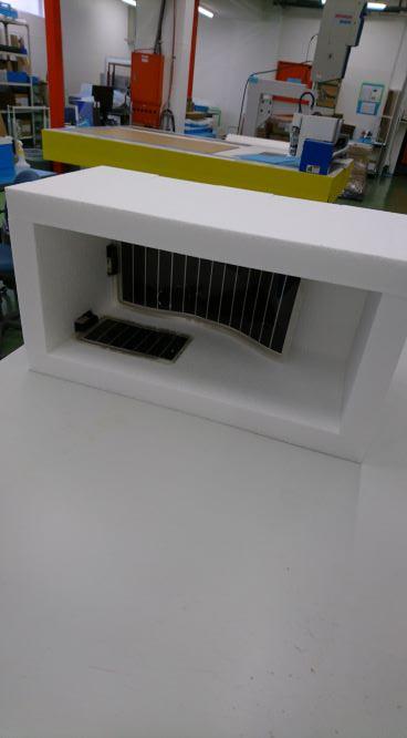 株式会社アイドウ 札幌 プラスチック加工 オーダーメイド ペット ニシキヘビ 冬 保温